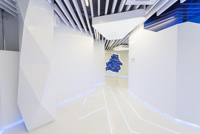 акриловый камень в офисе, выставочном центре Белтелеком (11)